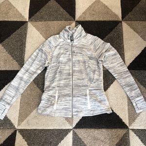 Lululemon jacket size 12 10/10